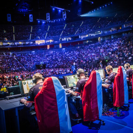 How Do I Make Money Betting eSports?